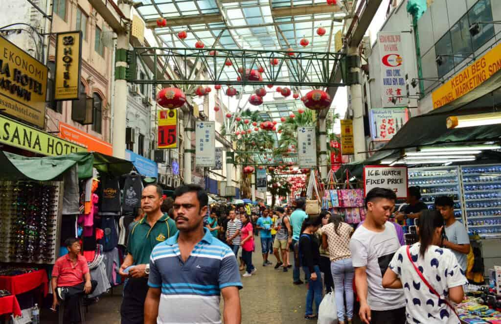 jalan petaling street i chinatown i kuala lumpur malaysia