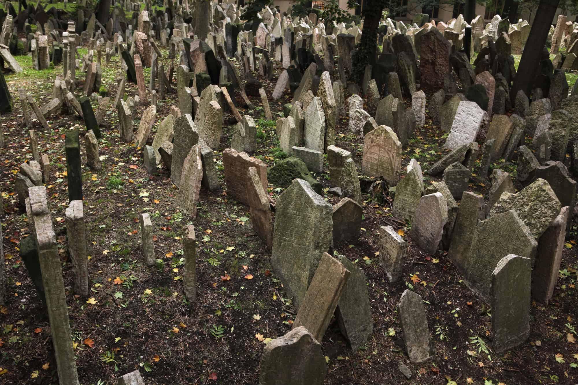 kirkegård i det jødiske kvarter i pag