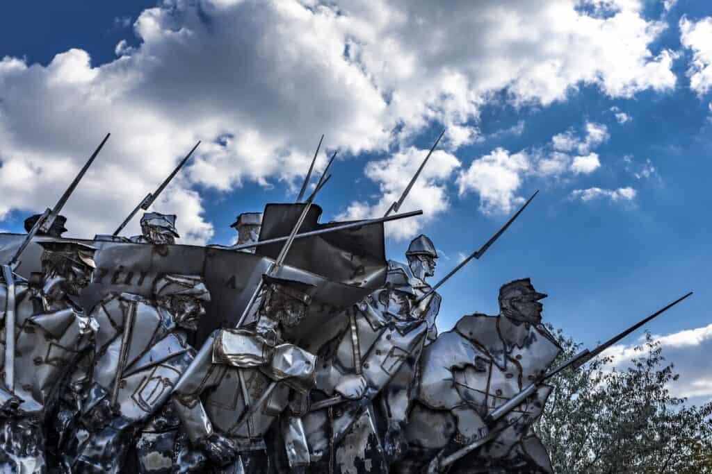 nærbillede af soldater i krig fra memento park i budapest