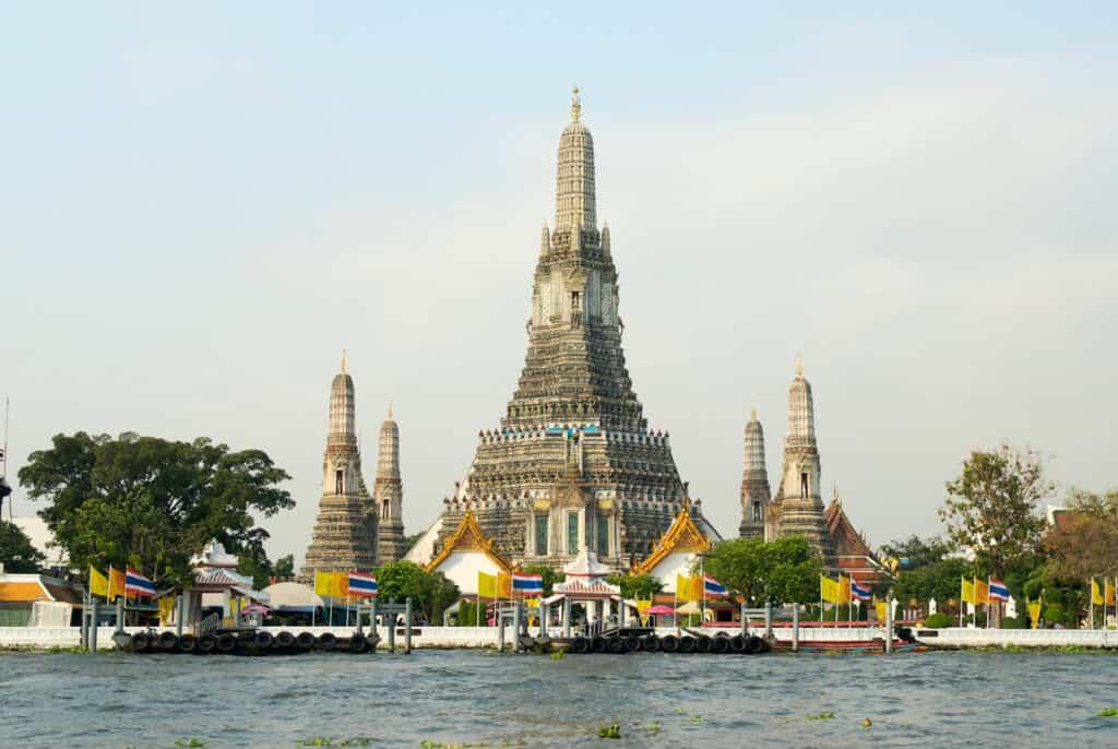wat arun templet i bangkok thailand