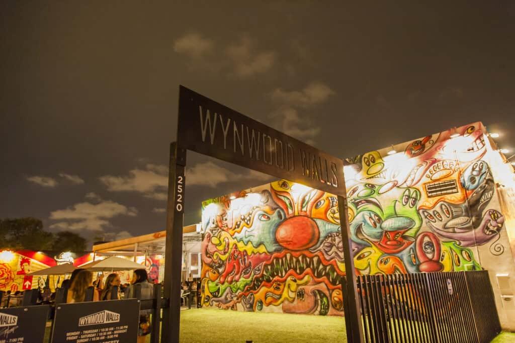 wynwood walls indgang i kunstdistriktet i miami florida